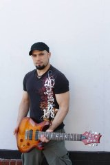 Marc Rizzo - guitar master. (Photo Courtesy of Phlamencore PR)